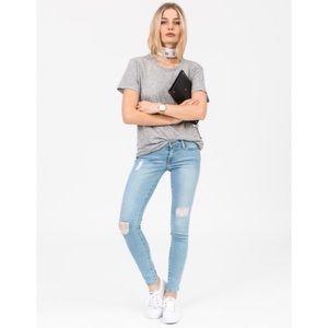 Frame Denim Distressed Light Wash Skinny Jeans 27